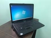 Ноутбук eMachines E525 (в отличном состоянии).